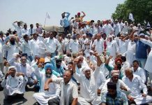 Farmers protesting against the recently passed farm laws.