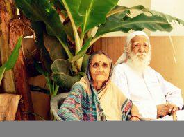 Sunderlal Bahuguna with wife Vimla Bahuguna